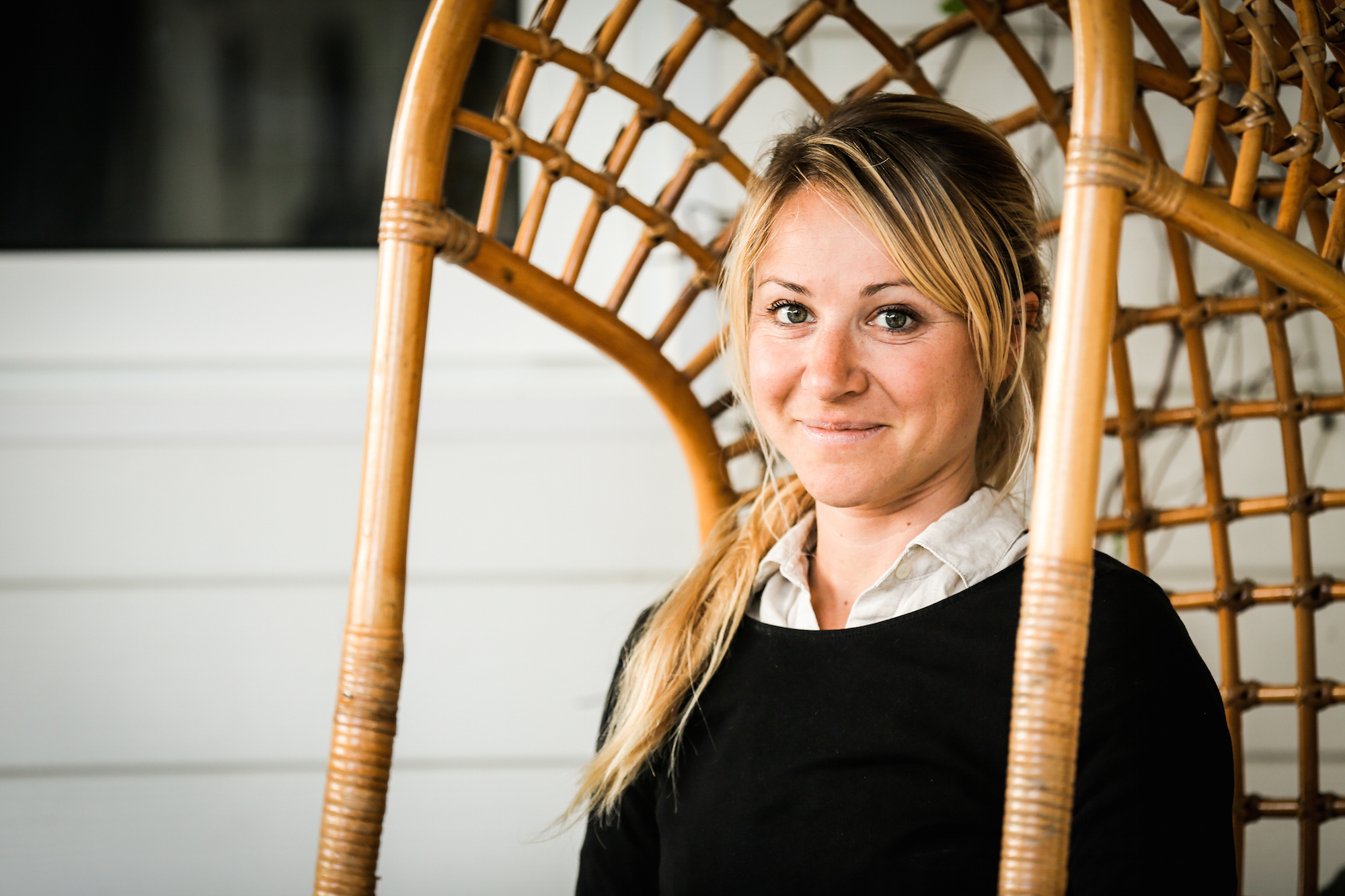 Mirthe Eckl is a Functional Medicine Practitioner in London Harley Street and Notting Hill. She further has a background working as a physiotherapist and teaching yoga.